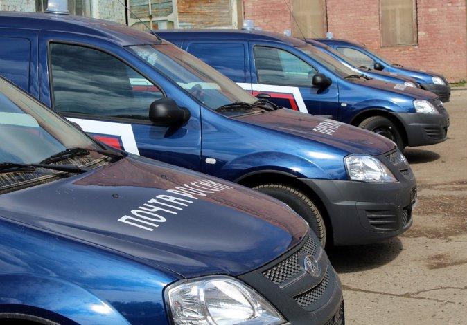 В Астраханскую область едут 19 новых почтовых машин