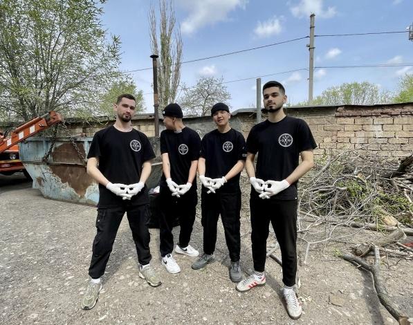 Более 16 кубометров мусора вывез «ЭкоЦентр» после субботников в Астрахани