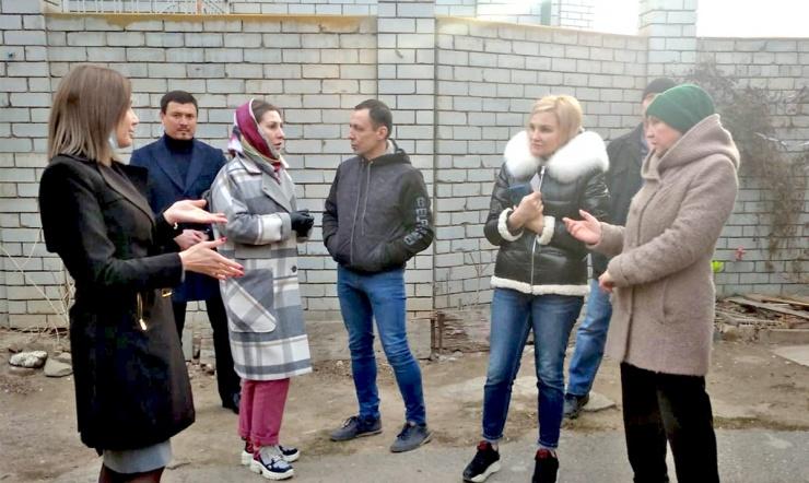 Встревоженных слухами о выселении жителей Набережной 1 мая власти Астрахани успокоили