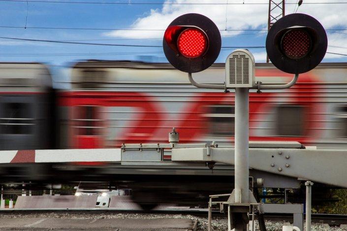 В Харабалинском районе закроют железнодорожный переезд
