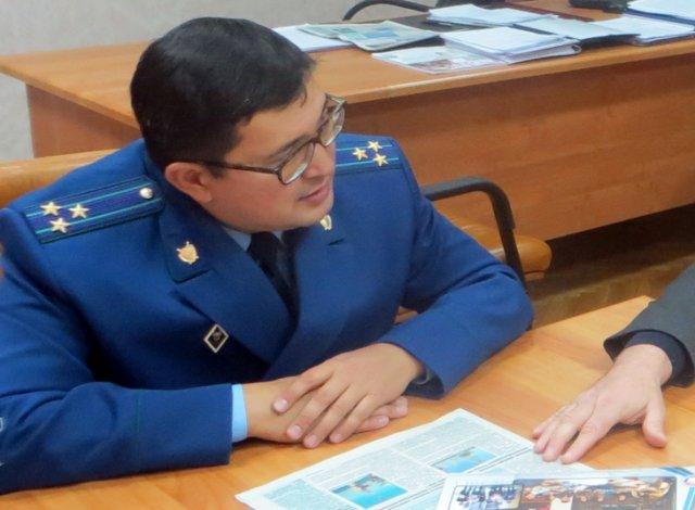 Уволен проштрафившийся прокурор по надзору за соблюдением законов в астраханских колониях