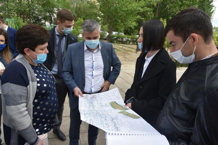 Астраханские власти обсудили благоустройство микрорайона Бабаевского