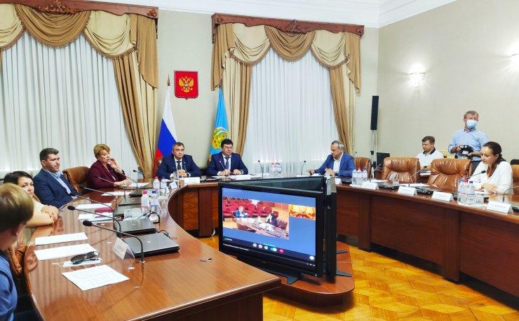 Председатель избирательной комиссии Астраханской области вышел из «ЕР»