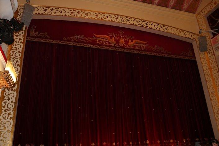 Астраханский театр оперы и балета продолжает онлайн-трансляции