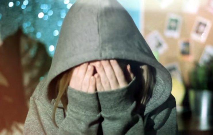 В астраханской гостинице изнасиловали пьяную девушку