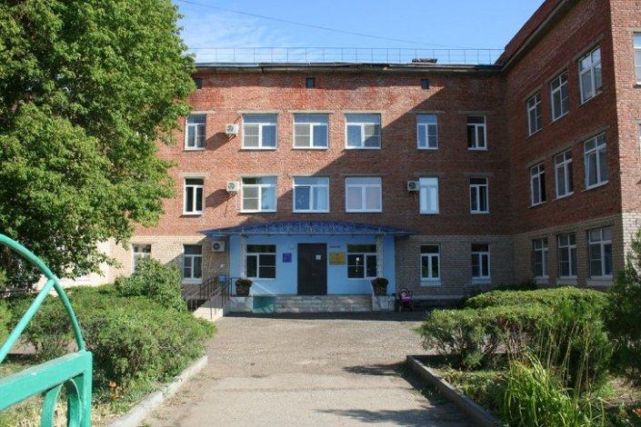 В Трусовском районе закрылась на карантин поликлиника