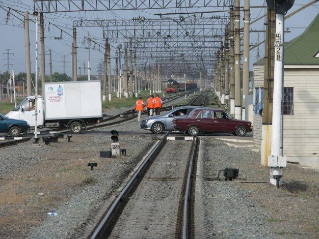 Количество ДТП на железнодорожных переездах ПривЖД снизилось