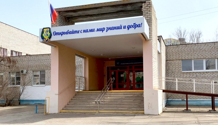 Путинские обеды для астраханских школьников под угрозой