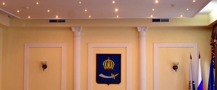 Астраханские депутаты обзаведутся платными помощниками