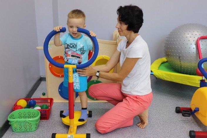 В детском центре «Коррекция и развитие» появились новые тренажёры