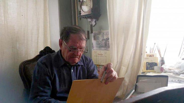 Астраханцы выступают за книгу художника Рудикова