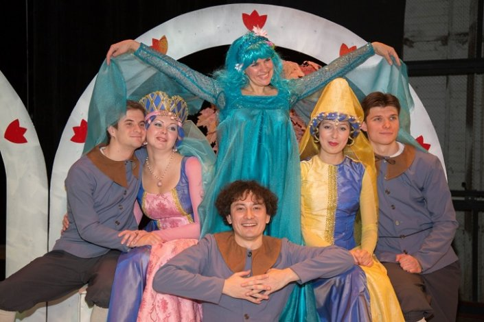 Астраханский драмтеатр готовит новогоднюю программу