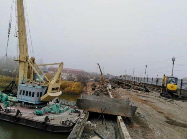 Закрытие моста в Астрахани перенесли