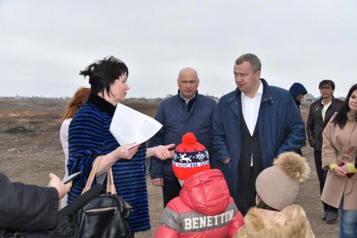В Астрахани продолжают заваливать указы президента
