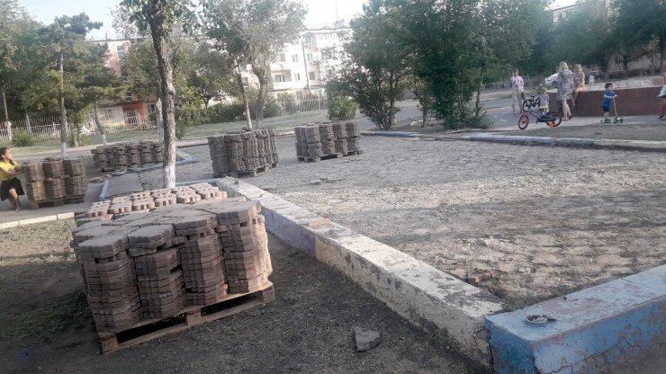 Астраханский парк стали ремонтировать после выступления AST-NEWS.ru