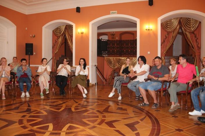 Астраханский драмтеатр ярко завершил очередной сезон