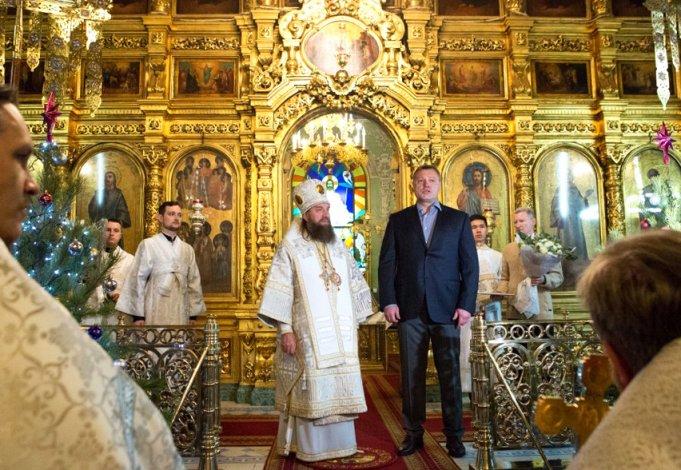 Игорь Бабушкин поздравил астраханцев с Рождеством Христовым