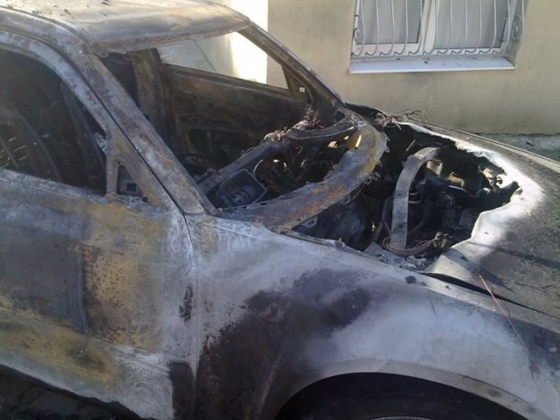 Гость из Азербайджана поджёг авто астраханца
