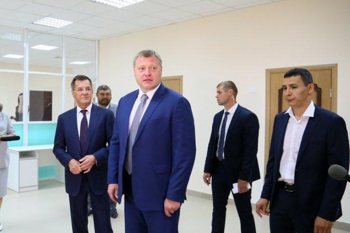 Игорь Бабушкин и Александр Жилкин открыли новую школу