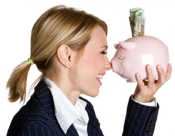 Астраханская банкирша крала деньги клиенток