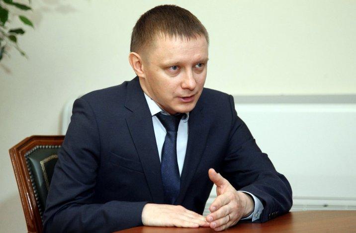 Глава администрации Камызякского района получил представление прокуратуры