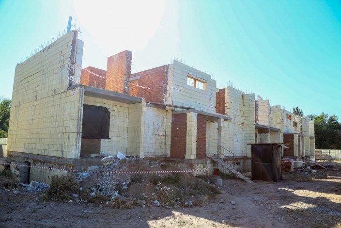 В Знаменске медленно строится детский дом