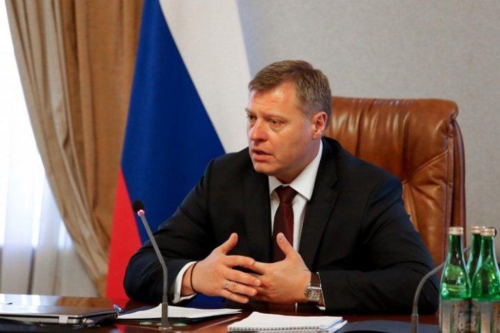 Астраханские депутаты поддержали инициативу губернатора по соцподдержке сирот