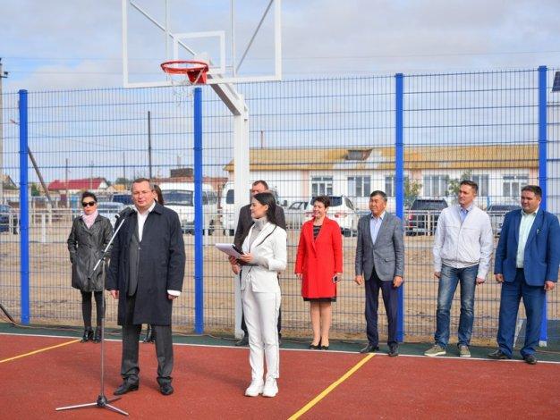 Игорь Мартынов: «Амбициозная задача по оснащению всех населенных пунктов области спортивными объектами выполняется системно»
