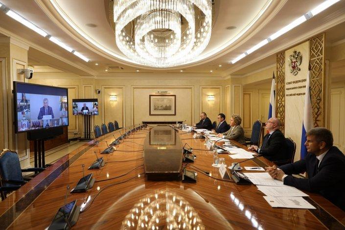 Игорь Мартынов принял участие в заседании президиума совета законодателей