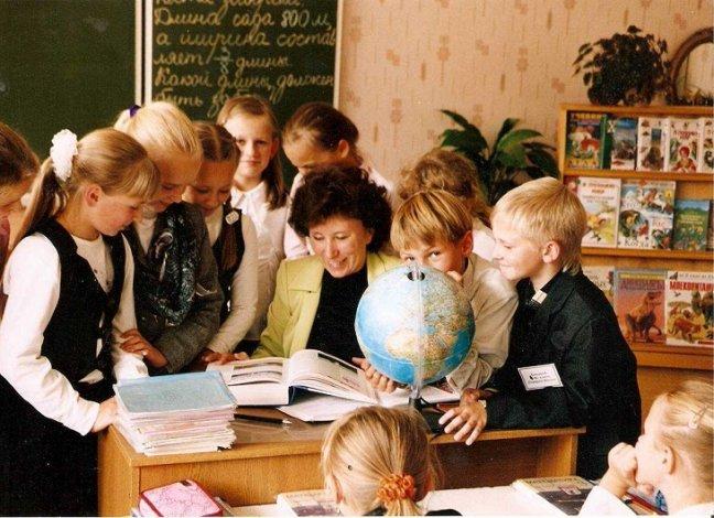 Ко Дню учителя лучшим астраханским педагогам вручат гранты