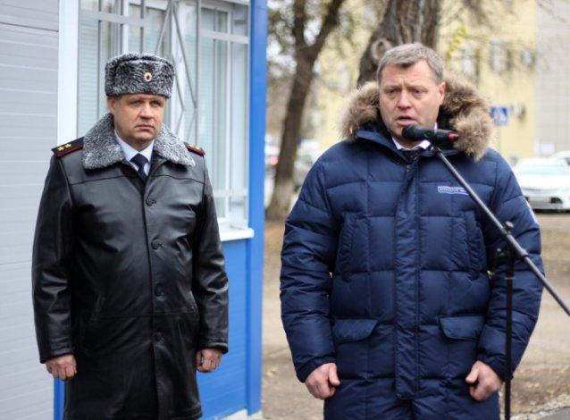 Губернатор побывал на открытии полицейского пункта в Астрахани