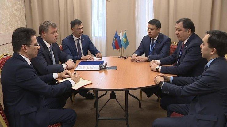 У Астрахани и Атырау взаимные интересы: экономические и культурные
