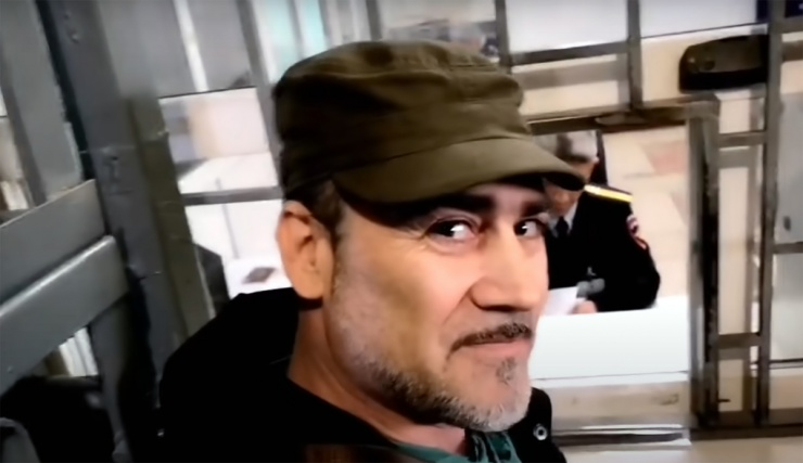 «Свободные люди Астрахани» вновь поскандалили с полицейскими и сняли видео