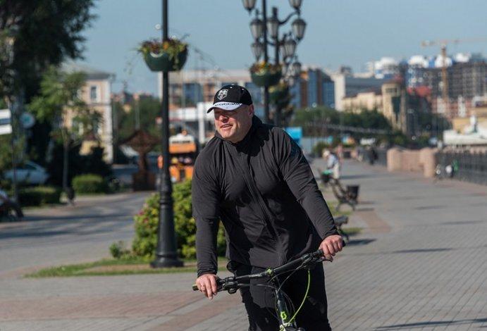 Игорь Бабушкин поздравил астраханских спортсменов с профессиональным праздником