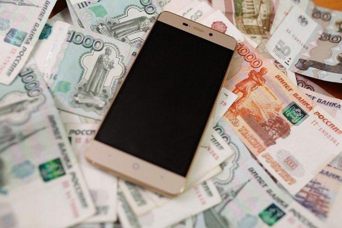 Астраханец похитил смартфон у директора комиссионки