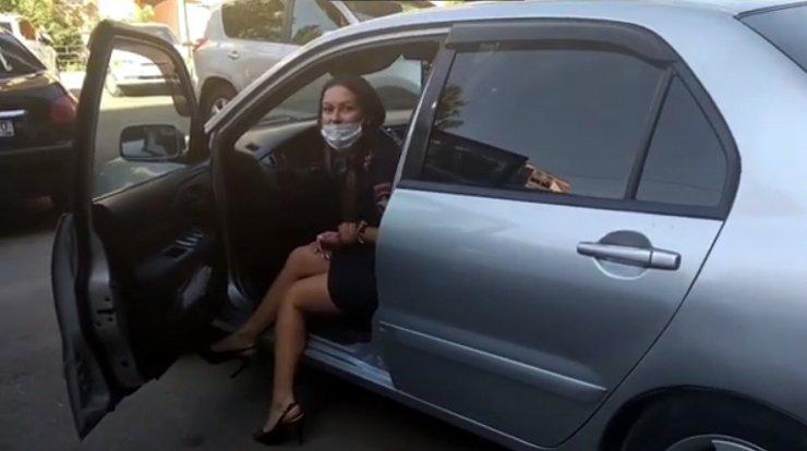 Полицейская из Астрахани предложила гражданину «закрыть свой рот»