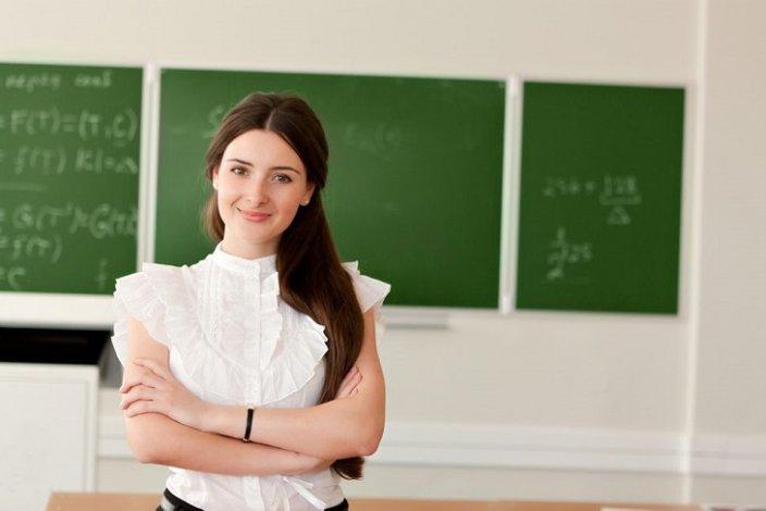 Астраханских учителей поощрят деньгами
