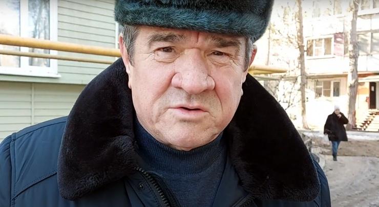 С помощника главы фракции «СР» в астраханской облдуме требуют полмиллиона рублей