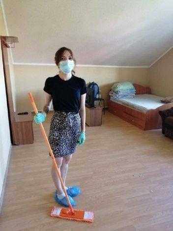 Волонтёры Астраханского региона ПривЖД помогают пожилым людям