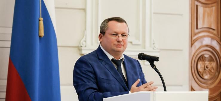 Астраханские депутаты рассмотрели вопросы наполнения областной казны