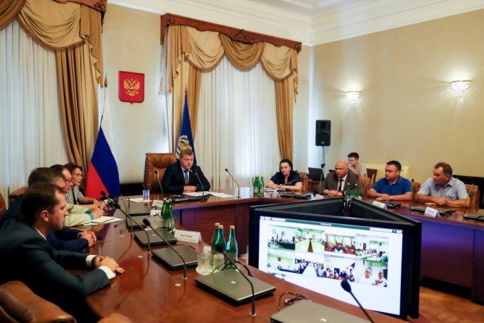 Губернатор Игорь Бабушкин рассказал главам районов о планах