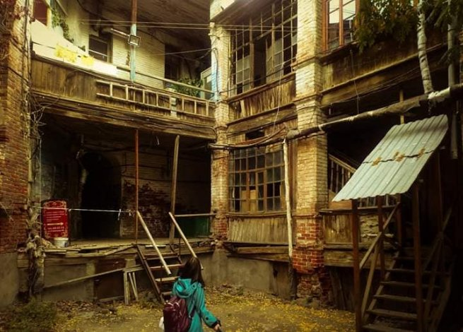 Астраханцы вспоминают облик сгоревшего дома в центре города