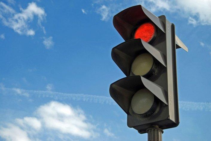 В Астрахани некто похитил светофор