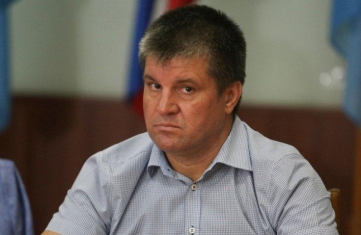 Глава Харабалинского района Штонда нарушил Земельный кодекс