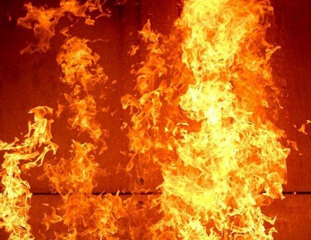 На пожаре в Астрахани погиб мужчина