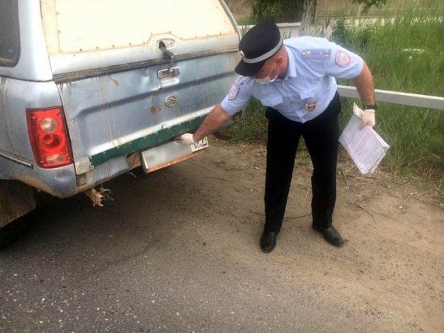 Астраханские водители разъезжали на автомобилях, числящихся за покойниками