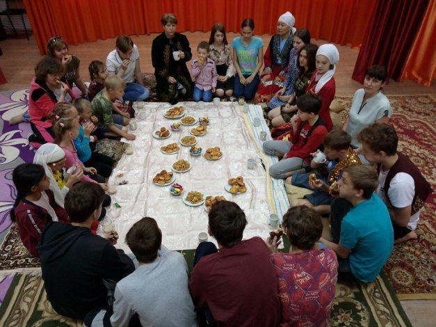 Астраханские воспитанники соцучреждения отметили Ураза-байрам