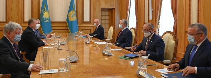 Астраханский губернатор встретился с президентом и премьером Казахстана
