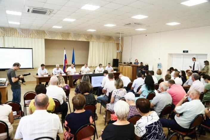 Игорь Бабушкин встретился с жителями Наримановского района