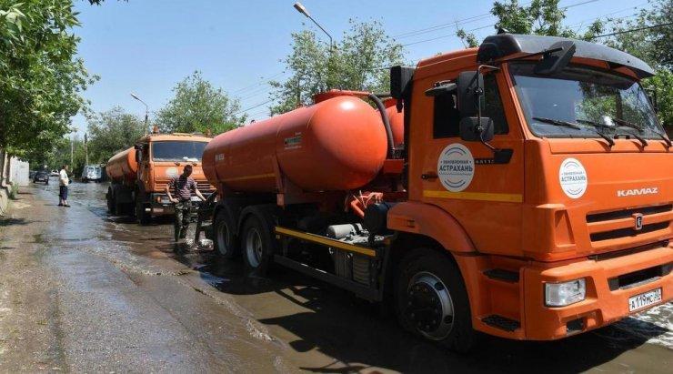 Прорыв труб в Астрахани сняли с квадрокоптера